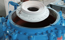 圆锥破碎机提供可靠的过载保护